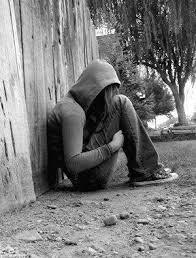 صور بنات حزينة جدا 2013
