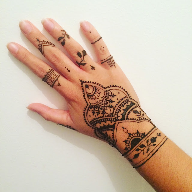 Massilia henna - Henne simple main ...