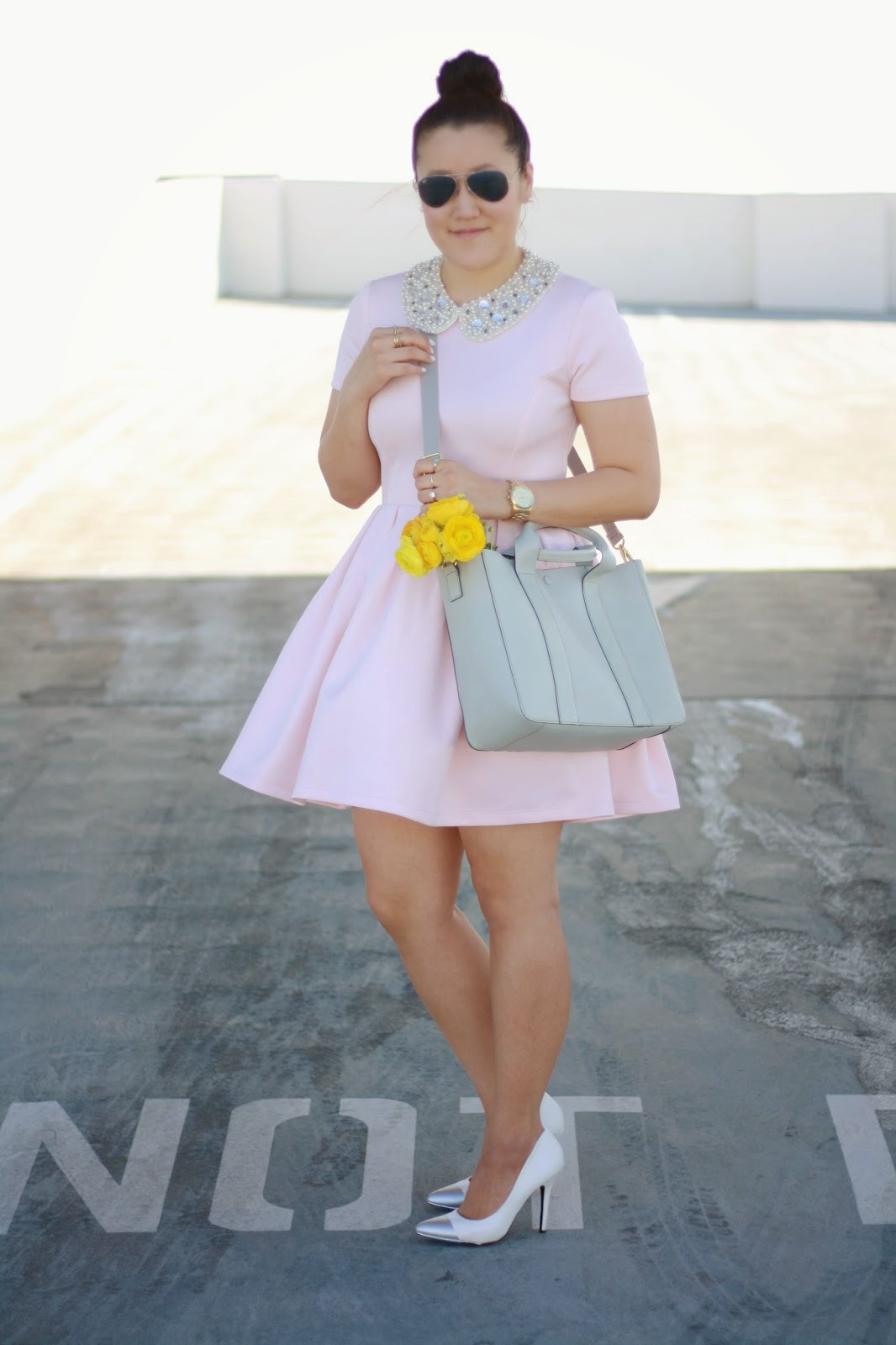 simplyxclassic, nordstrom, blush pink dress, grey gap cross body bag, orange county blogger, mommy blogger, style blog, fashion blog, bib necklace, collared necklace
