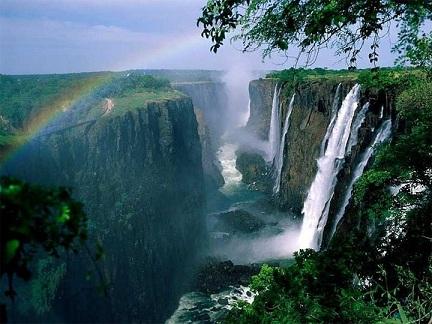 NOTICIAS IMPACTANTES DEL MUNDO: Las 10 Cascadas mas hermosas del mundo