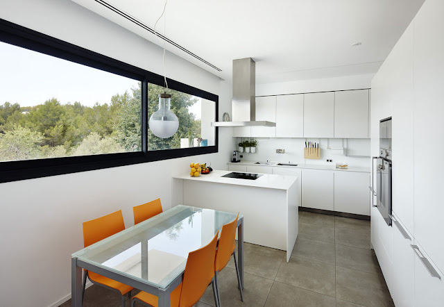 Highly Modern Kitchen