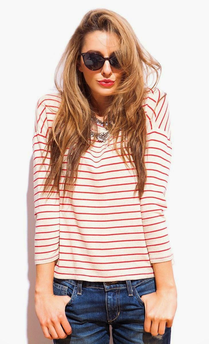 La moda para mujeres en el verano se viene con todo: colores saturados, combinaciones MIX, diseños intensos y cortes audaces. La industria de la moda pisa cada vez más fuerte y parece poseer un mayor conocimiento de las tendencias y debilidades humanas, sobre todo en el género de las mujeres que siempre queremos estar súper modernas y no desentonar con las tendencias del momento del año.
