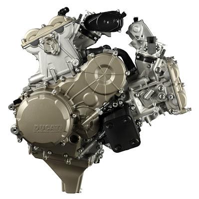 2012 Ducati Superquadro 195hp L-twin Engine Picture