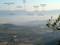 La Serra de Cabrera des del Camí de Sant Julià Sassorba a l'alçada del Serrat del Coll