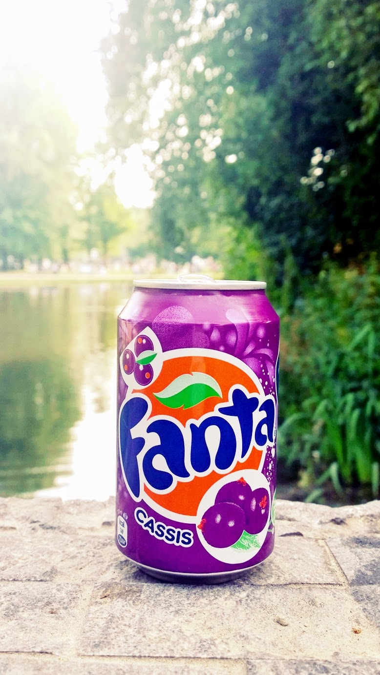 Fanta cassis, fanta cassis amsterdam, fotos von fanta cassis, wie schmeckt fanta cassis, schönes bild von fanta cassis, fanta cassis im park