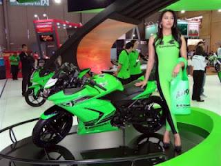 Spesifikasi Dan Harga Kawasaki Ninja 250R 2012
