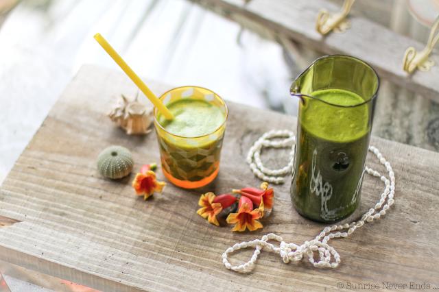 green detox,ma vie en vert,cleanse juice,épinard,céleris,banane,pomme,citron,avocat,lait de coco,healthy life,healthy food