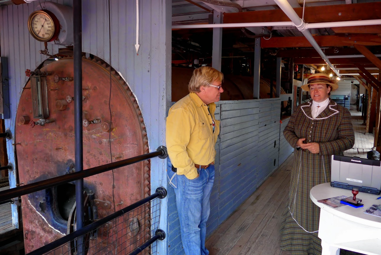 Anders and one of the people working at the SS Keno. Boiler in the back ground