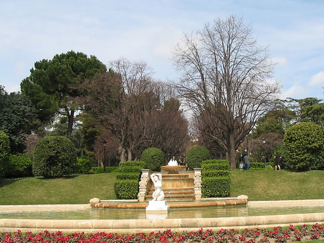 Parques de barcelona for Jardines de pedralbes