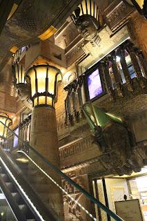 Escalera egípcia Harrods