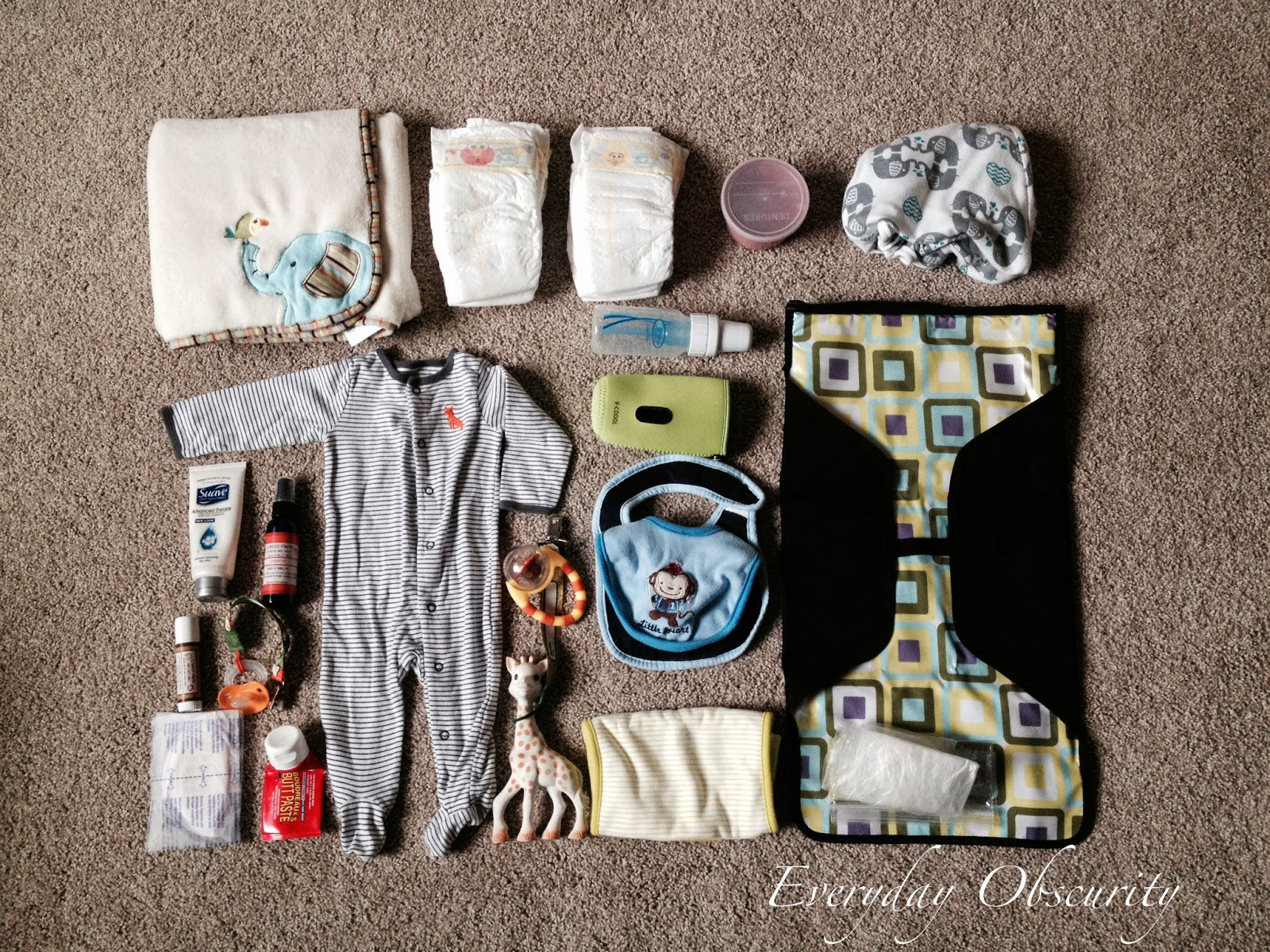 Short and sweet diaper bag essentials.