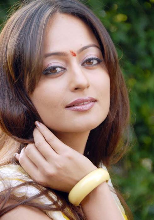 Kaveri Jha photo gallery