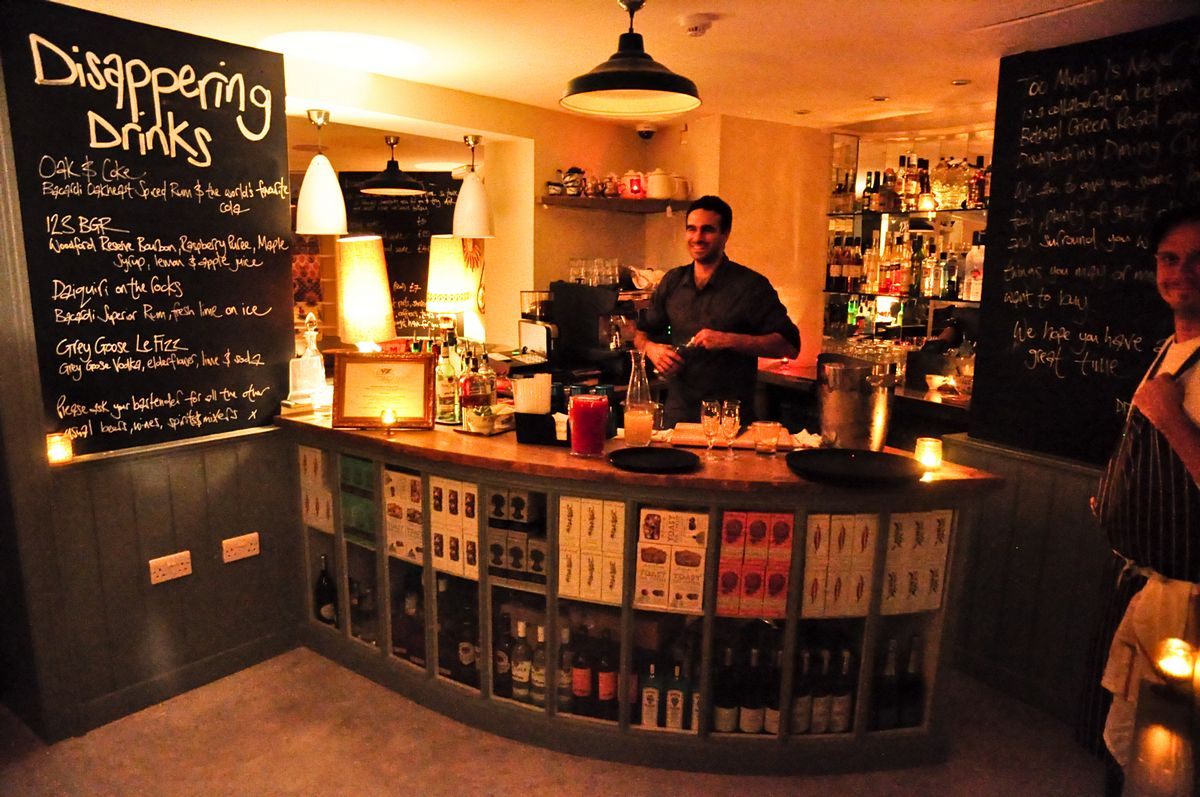 Fluid london blog musings from the bar and the for Small cafe design photos