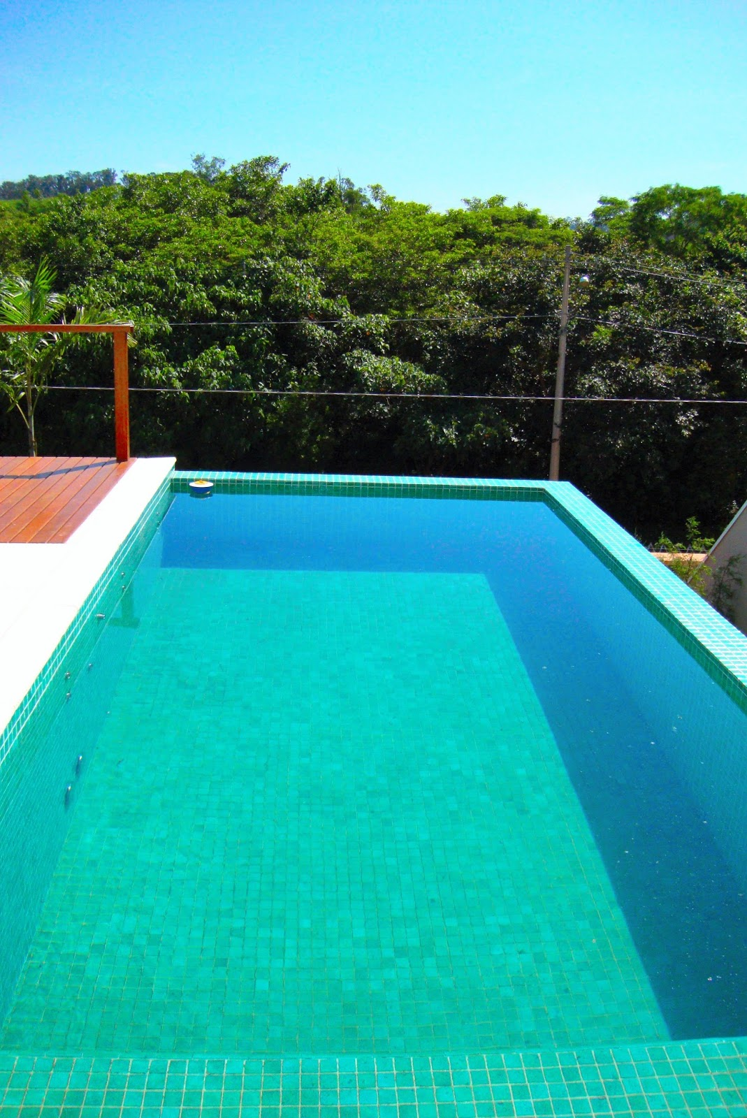 Casa alphaville dom pedro magn fica piscina com - Piscina gresite verde ...