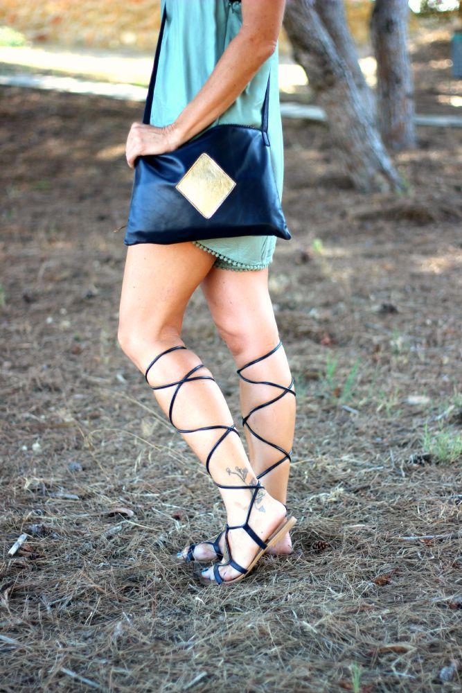 Playsuit - sandalias romanas - Feler sunnies - Cuchicuchi fashion - fashion blogger - Guardamar