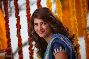 Shruti Haasan Stills from Balupu Movie-thumbnail-7
