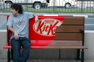 marketing alternativo non convenzionale panchina kitkat