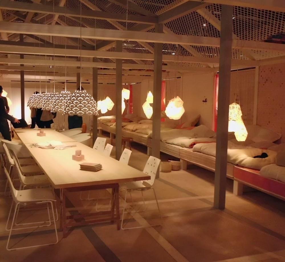 Das Haus der Kölner Möbelmesse imm cologne 2014 inszeniert von Louise Campbell