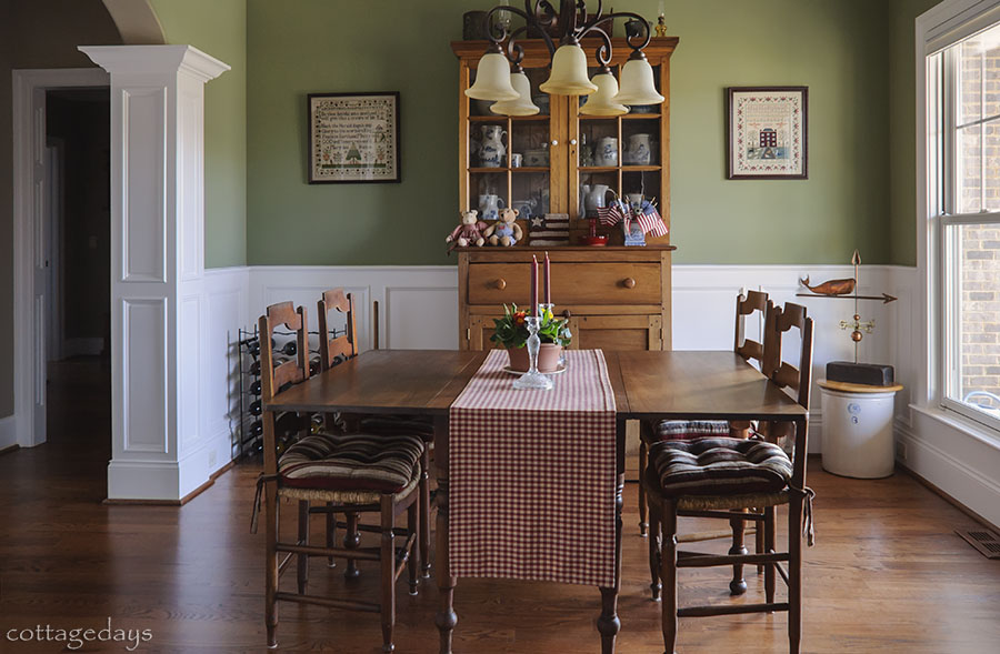 Antique Country Dining Room Set