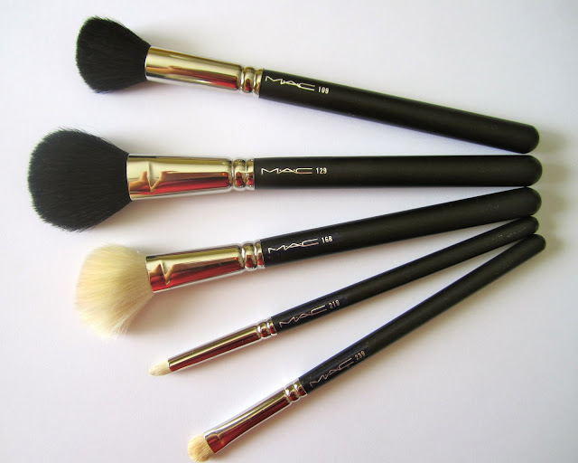 My Mac makeup brush collection and how I use them.