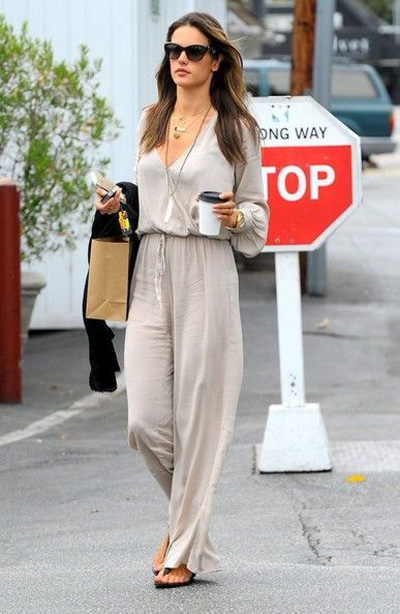 Alessandra Ambrosio how to wear jumpsuit trend street style