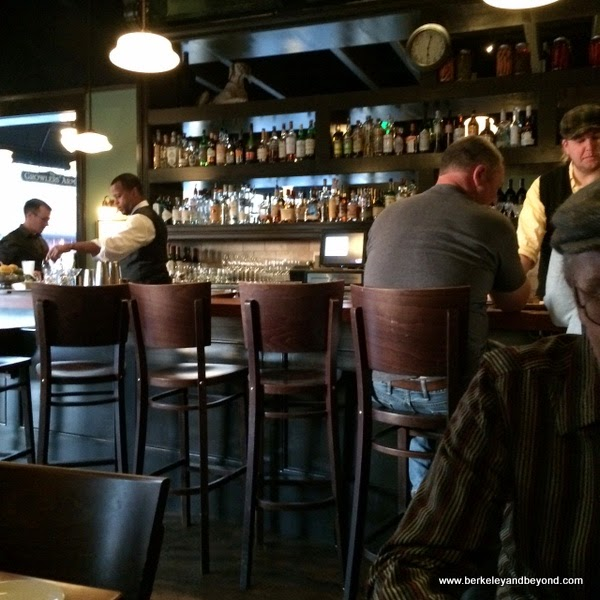 interior of The Growlers' Arms in Oakland, California
