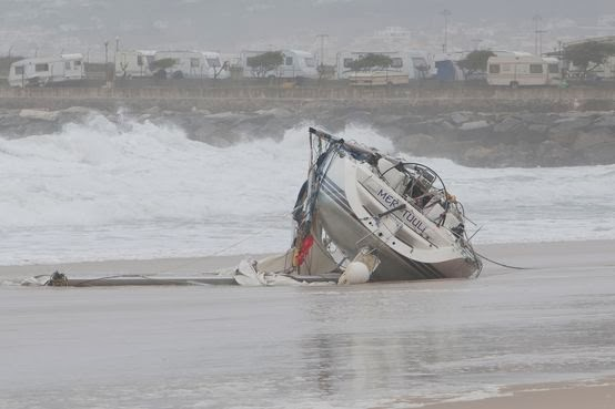 sailboat runs aground
