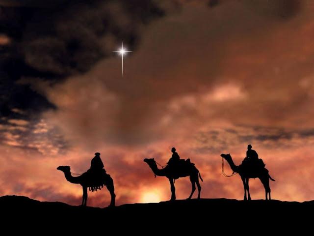 fondo de pantalla 3 reyes magos en los camellos