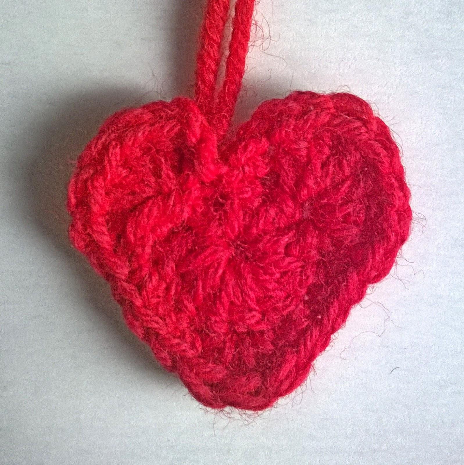 cuore uncinetto