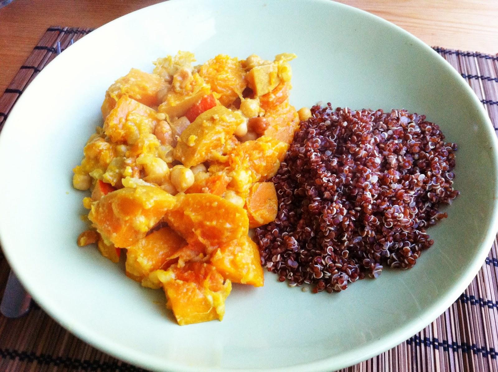 De plantaardige keuken: oranje curry met banaan en rode quinoa