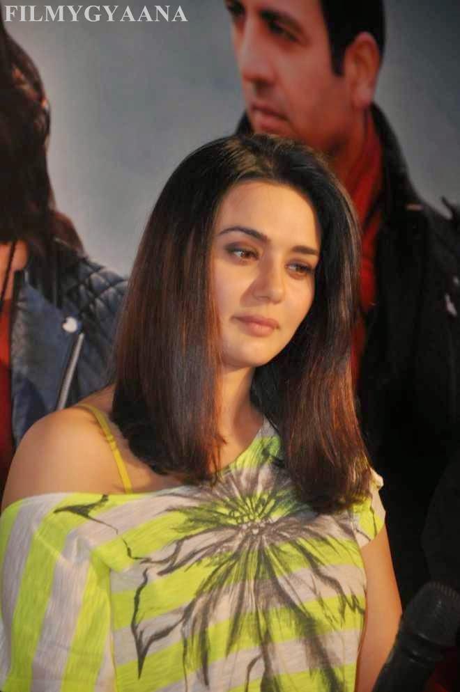Preity Zinta Hot Photos In Denim Jeans