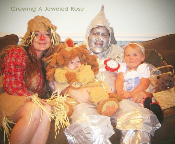  The Wizard of Oz family Halloween costumes