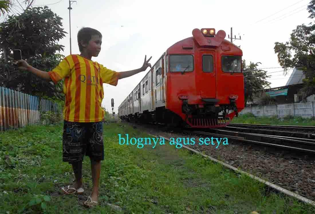 Cerita Tentang Railfans
