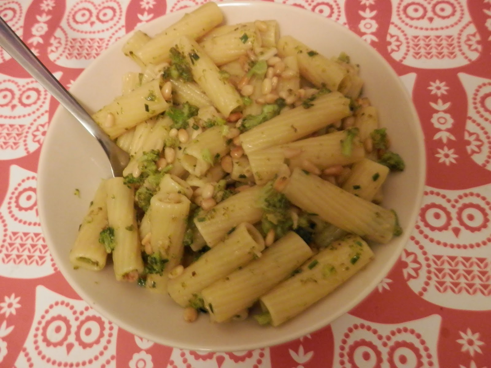 Vegan meal idea, vegan broccoli pasta. secondhandsusie.blogspot.co.uk
