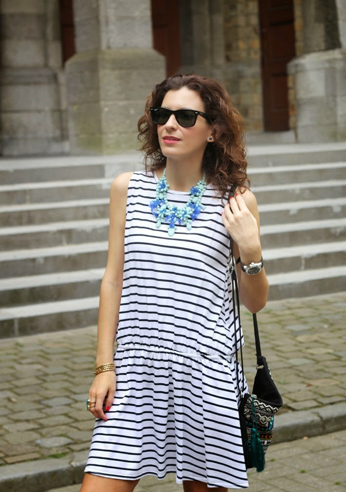 http://www.inlovewith-fashion.com/2014/07/look-de-rayas-stripes-look.html
