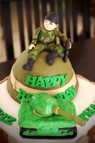 Rizq Cakes Army Cake