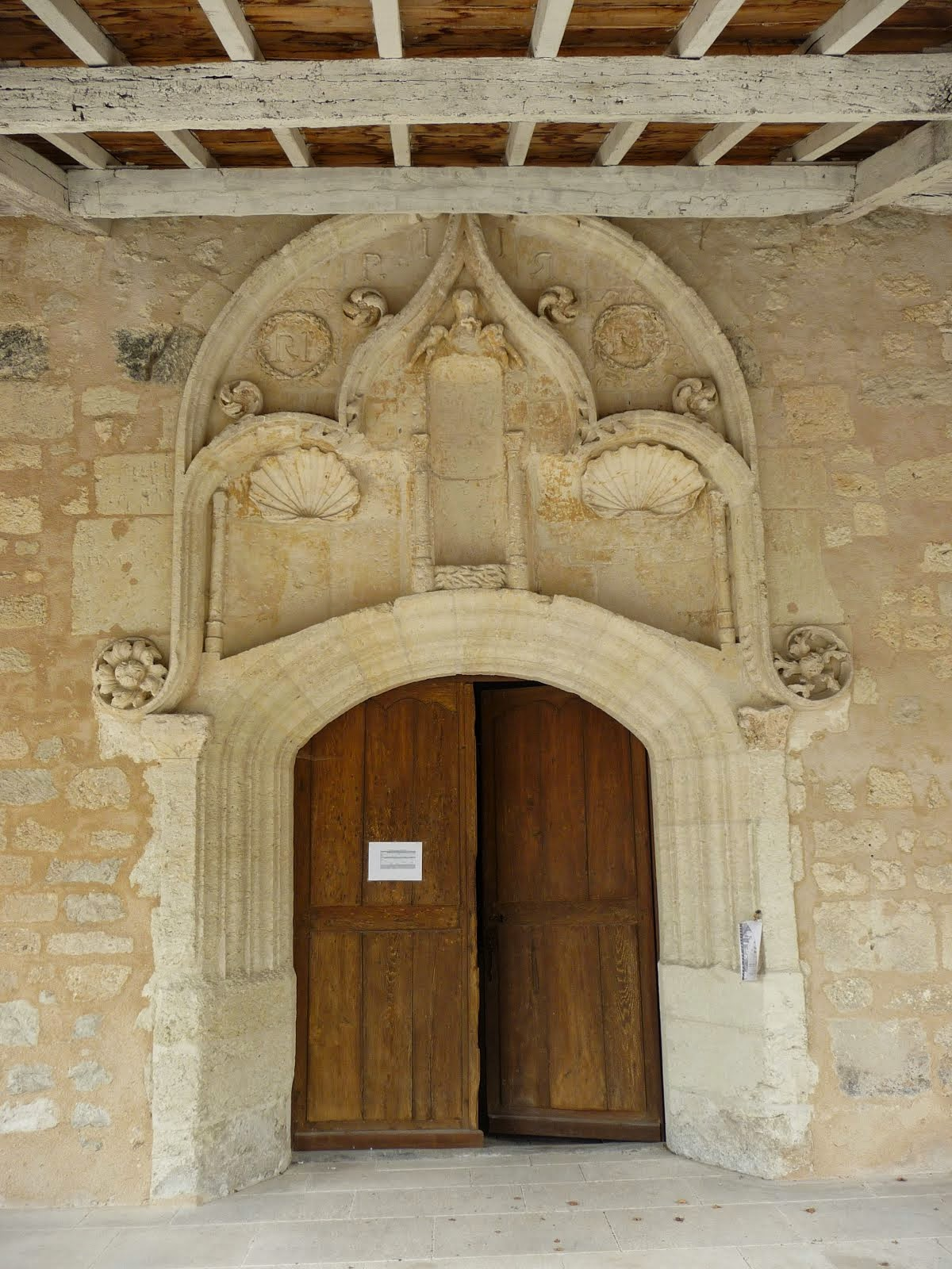 Main door, the Bonnes church