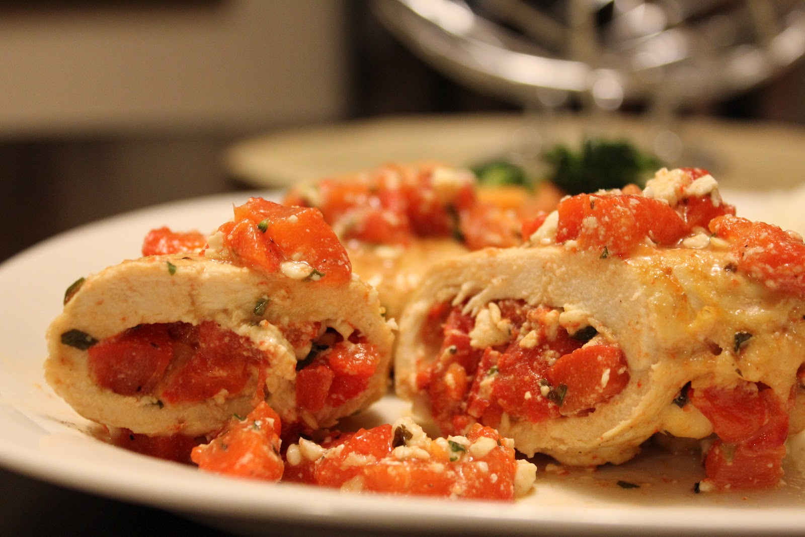 ... Treats & Delectable Dishes: Roasted Red Pepper & Feta Stuffed Chi...