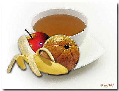 Tazza di te con frutta