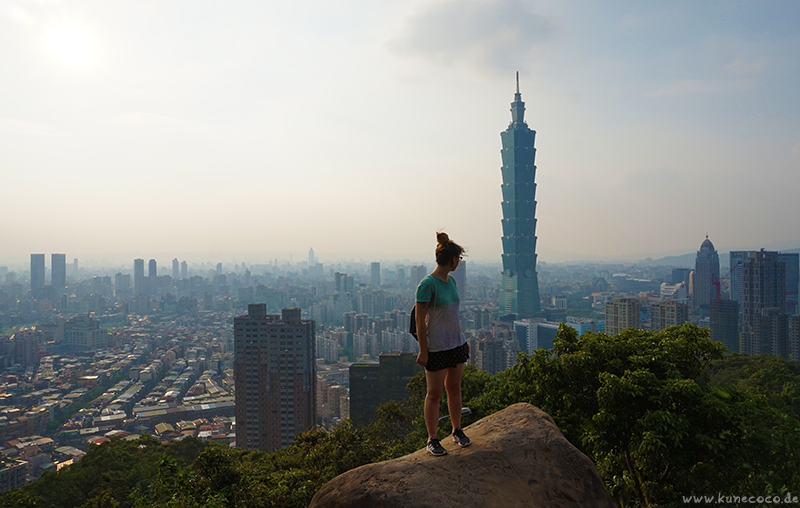 KuneCoco • Elephant Mountain, Taipei Taiwan • Aussicht auf Taipei