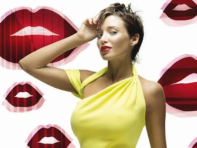 Dannii Minogue Lovely Wallpaper