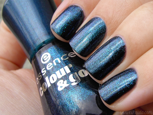 Essence Colour and Go in Miss Universe