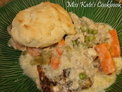 ... Kate's Cookbook: Slow-Cooker Creamy Chicken With Easy Drop Biscuits