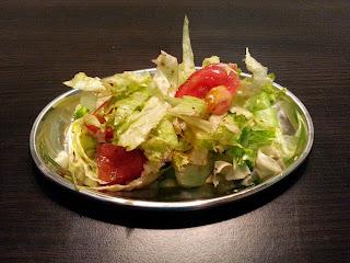 Sałatka z sałaty lodowej do obiadu