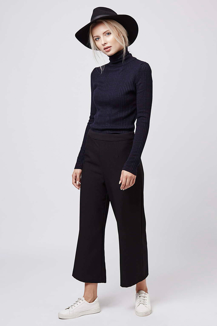 topshop turtleneck look, hair tucked into turtleneck