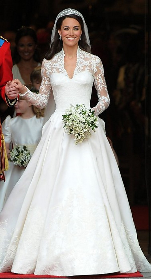 estilo moda wedding blog bespoke bridal fashion for the ForPrincess Catherine Wedding Dress