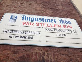 Augustiner Schild Wir stellen ein