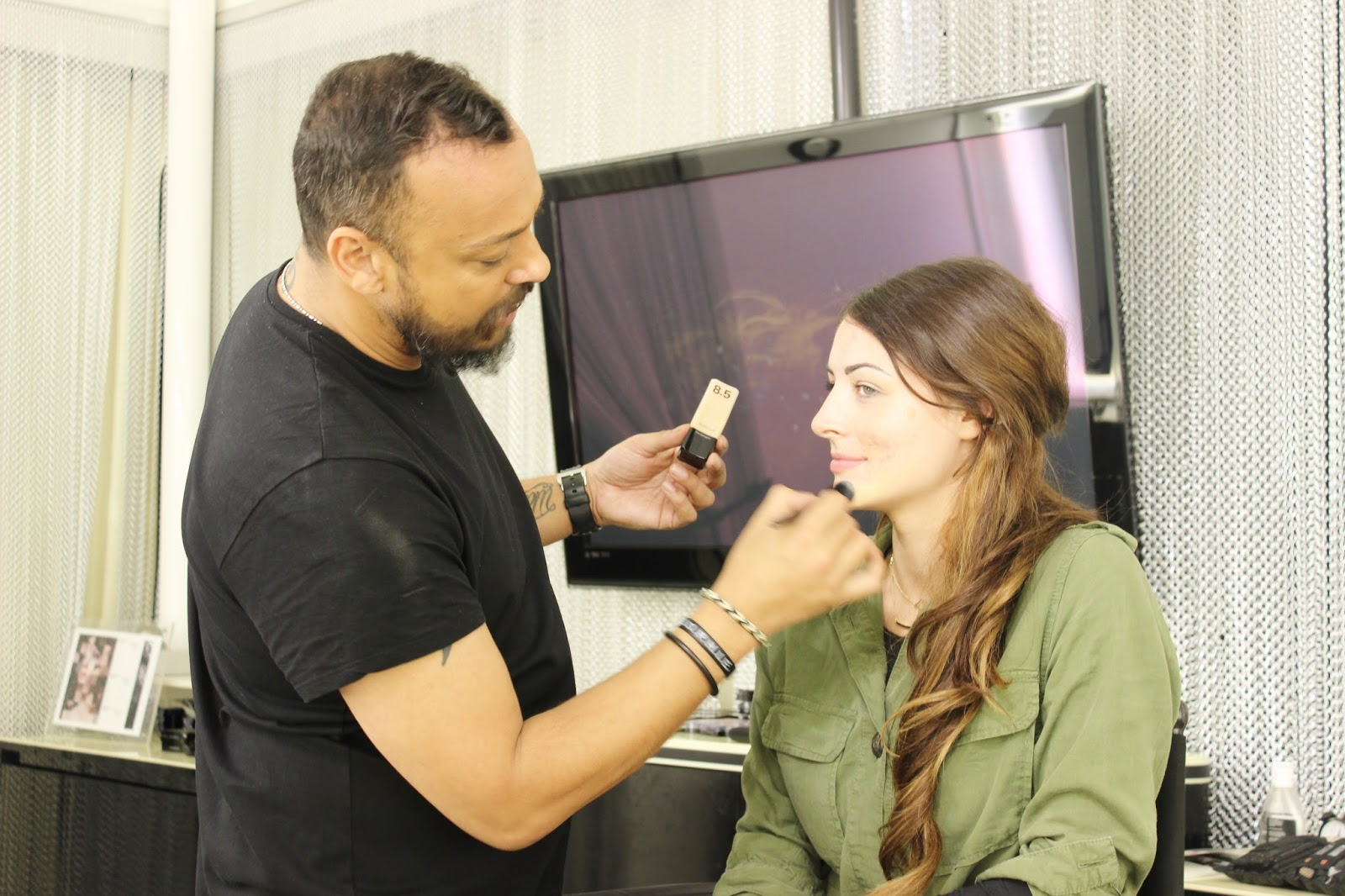 Illamasqua skin sculpting course - contouring in progress