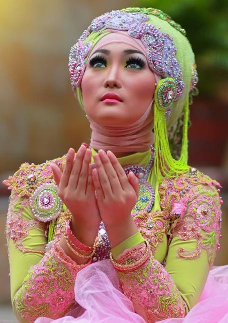 Inilah 10 Model Hijab Modern untuk Kebaya Terbaru 2015