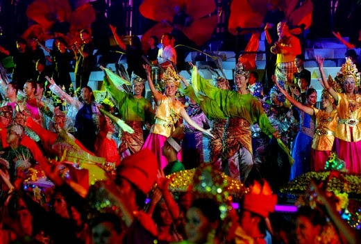 festival season in malaysia Festival season in malaysia lim chin pei title: festival season in malaysia malaysia is one of the countries in the world which have multi-racial.